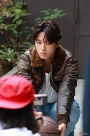 ไอเดีย รยูจุนยอล 190 รายการ ในปี 2021 | นักแสดงหญิงเกาหลี, นักแสดงเกาหลี,  ท่านั่ง