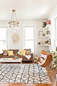 Wall For Living Rooms 17 Best Ideas About White Walls On Pinterest Home Art Hallway