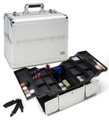professional makeup case with lightirror