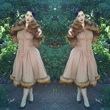 Collectif Pearl Coat Miss Victory Violet