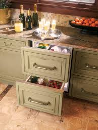 Custom Kitchen Islands That Look Like Furniture Kitchen Island Cabinets Pictures Ideas From Hgtv Hgtv