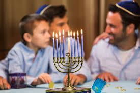 Prayer For Lighting The Menorah Candles How To Light The Hannukah Menorah And Recite The Hanukkah