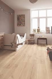 quick step creo tennessee oak light wood cr3179 laminate flooring bedroom ideas light wood
