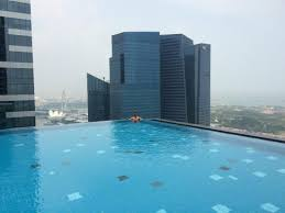 infinity pool singapore. The Westin Singapore: Dramatic Infinity Pool, Looking Over Ocean And Towards Marina Pool Singapore