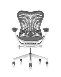 Conoce la Mirra 2 Chair, la silla que te har sentir como si estuvieras  flotando
