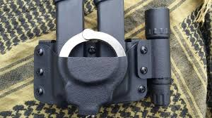 Double Magazine Pouch With Handcuff Holder