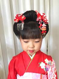 七五三シーズン到来今年は日本髪からのスタートです