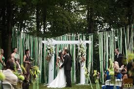 Summer Wedding Spotlight Backyard Weddings  BridalPulseSummer Backyard Wedding