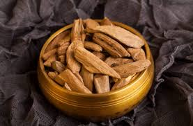 East indonesian <b>oud</b> wood chips | Wood chips, Sweet perfume ...