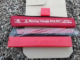 Kia Triangle Warning Light Genuine Kia Emergency Roadside Warning Triangle E883166000