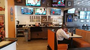photo of round table pizza rohnert park ca united states sports bar