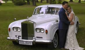 Rolls Royce Antigue Classic Car Wedding Transportation Baton