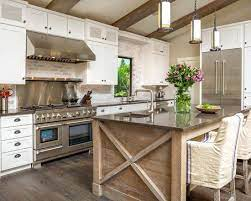 18 Timeless Traditional Kitchen Designs That Every Home Needs Modern Kitchen Design Traditional Kitchen Design Home Decor Kitchen