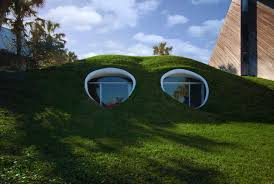Houses Built Underground 6 Unbelievable Underground Homes Cbs News