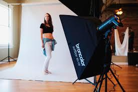 editorial and fashion studio lighting tutorial 2 light setup for full length portraits you