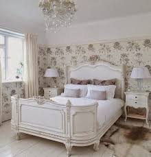 French Vintage Bedroom Ideas
