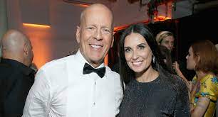 Demi Moore and Bruce Willis reunite to ...