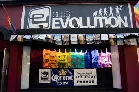 Gay clubs in queens