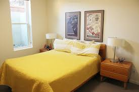 decorate bedrooms. Exellent Decorate How To Decorate A Guest Bedroom Bedrooms D