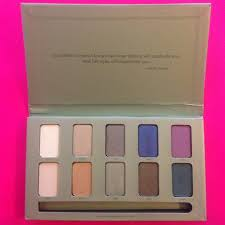 stila in the garden palette m 57a889fa36d59403c600134a