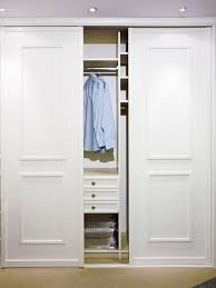 closet doors sliding best 25 sliding closet doors ideas on diy sliding