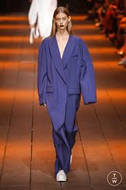 <b>DKNY</b> - Spring/<b>Summer 2017</b> - Look 7 in 2020 | Fashion, Fashion ...