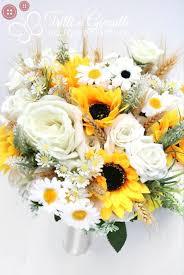 Il colore predominante del cinquantesimo di matrimonio è, come ben sai, l'oro. Quali Fiori Regalare Per L Anniversario Di Matrimonio E Dove Trovarli Online