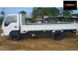 Isuzu 3 Ton Truck ~   Manual Petrol White For Sale In Trinidad and ...