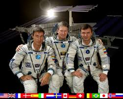 """Aaron Peavler on Twitter: """"That was a big day. When Shep, Yuri, and Sergei  crossed that hatch it would begin 20 years of crew on Station. The Station  has been manned 24/7"""