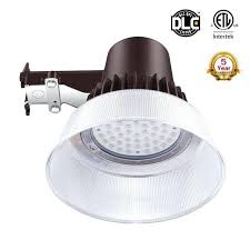 outdoor led security light dusk to dawn yard light and dusk till dawn led security light outdoor led security light dusk to dawn yard light photocell led
