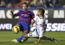 El Levante le roba la cartera al Deportivo en el fichaje del central esperado