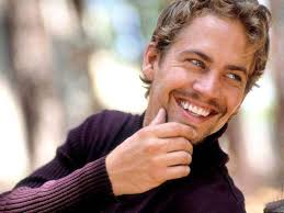 Walker è nato a Glendale in California da Paul William Walker III, un appaltatore delle fogne in pensione, e Cheryl Crabtree. Ha studiato nella Los Angeles ... - paul-walker-fast-furious