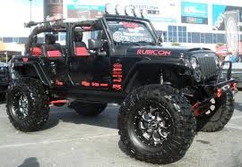 4 door custom jeep wrangler rubicon i would love to take this on the beach