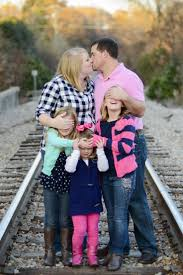 For Family Pictures Best 20 Funny Family Photos Ideas On Pinterest Funny Family