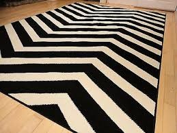 large indoor outdoor 8x10 courtyard black white zigzag area rug chevron rugs 5x8 4