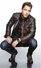 nail off duty dressing with this combination of a dark brown leather moto jacket and