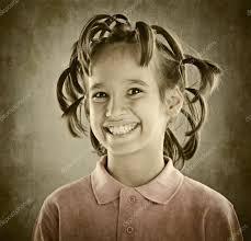 髪型と子供の面白い肖像画 ストック写真 Zurijeta 98311514