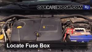 replace a fuse 2002 2008 renault megane 2003 renault megane renault megane scenic fuse box layout at Megane 2 Fuse Box Diagram