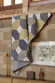 New York State of Mind Quilt | Count, Fabrics and Easy & Like masculine quilt patterns and using pre-cut quilting fabrics? Perfect!  New York Adamdwight.com
