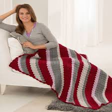 Redheart Free Crochet Patterns Awesome Classic CornertoCorner Throw Red Heart