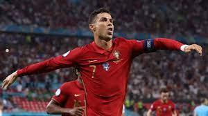 """Louis van Gaal: Cristiano Ronaldo """"denkt mehr an die Mannschaft"""" als Lionel  Messi"""