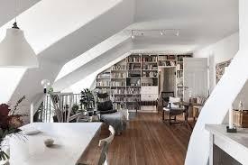 Zo Leuk Kan Een Appartement Met Schuine Muren Zijn Roomed