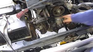 How to replace a timing belt for a Toyota Hulix 5L & 3L - YouTube