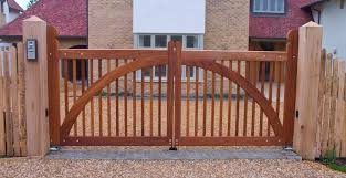 wooden gate arch construction