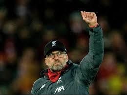 Cách đây vài ngày, hlv jurgen klopp đã lên tiếng chính sách chuyển nhượng của chelsea khi màn đấu khẩu giữa lampard và jurgen klopp trước thềm trận đại chiến sẽ càng khiến trận đấu hấp dẫn. Klopp Sets Record For Most Premier League Manager Of The Month Awards In A Season As Liverpool Boss Wins Fifth Gong