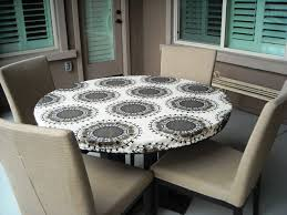 image of elasticized cloth table covers