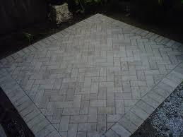 Patio pavers patterns Walkway Herringbone Pattern For Patio Pavers Outdoor Decor Fchordscom Patio Paver Patterns Patio Paving Patterns Sizes