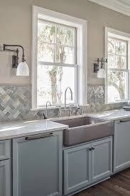 bdc b b aab e cc d kitchen backsplash gray cabinets inspirat