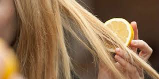 how to naturally lighten hair home
