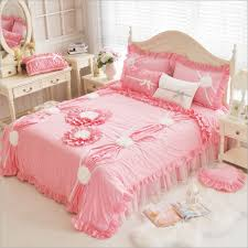 New Bed Sheet Design Sets Us 88 11 10 Off 100 Cotton Korean Princess Style Handmade Lace Flowers Fold Lace Design Duvet Cover Bed Sheet Set White Pink Green Bedding Set In